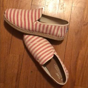 Red stripped shoes